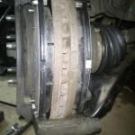 Замена передних тормозных колодок на Шевроле Круз