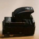 Подсветка кнопок стеклоподъемников Chevrolet Aveo