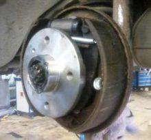 Видео пособие по замене задних тормозных колодок Chevrolet Lanos (видео)